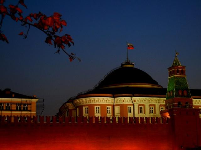 Kremlin at night Sarah Peck