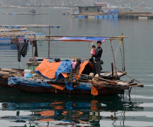 Locals in Ha Long Bay