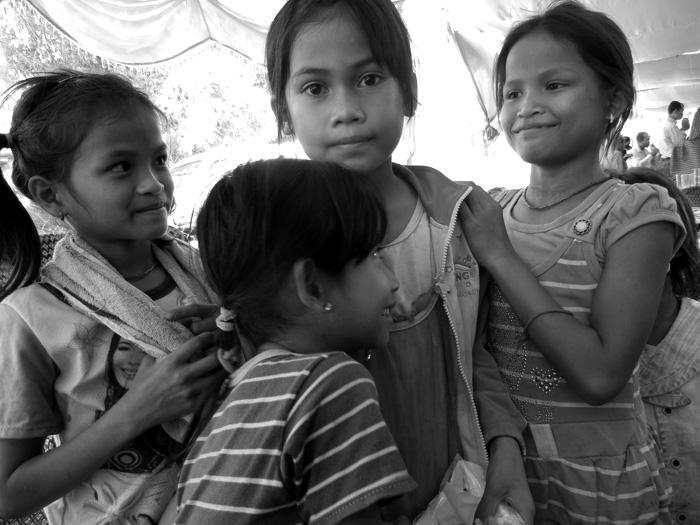 Cambodian wedding girls